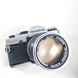 olympus om 20 reflex argentique E.zuiko 135mm 3.5