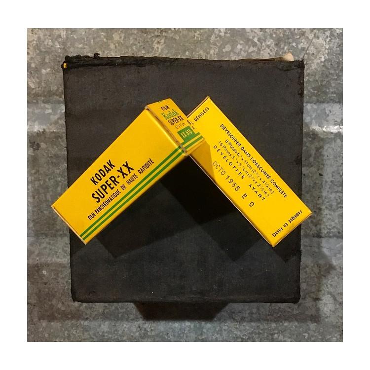 pellicule ancienne périmée 616 Kodak Super XX Panchromatique format rare 1955